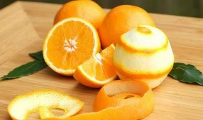 Đuổi kiến hôi ra khỏi nhà bằng vỏ cam