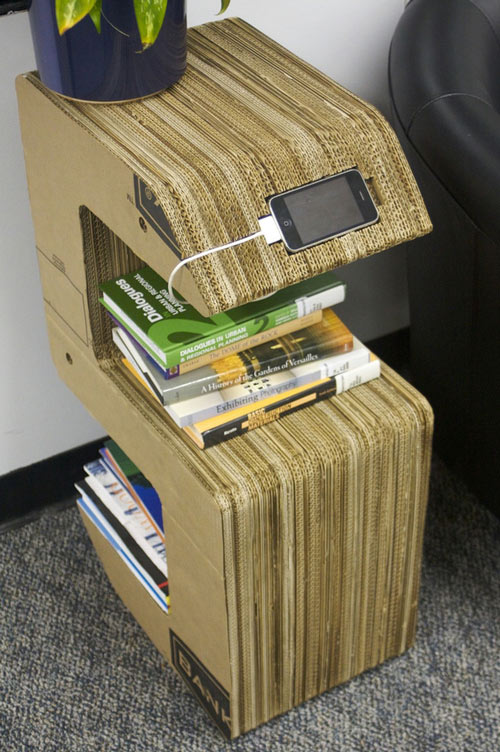 Tái chế thùng giấy thành Giá sách
