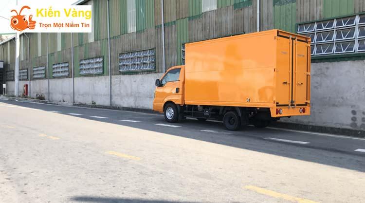 Dịch vụ vận chuyển xe tại Kiến Vàng