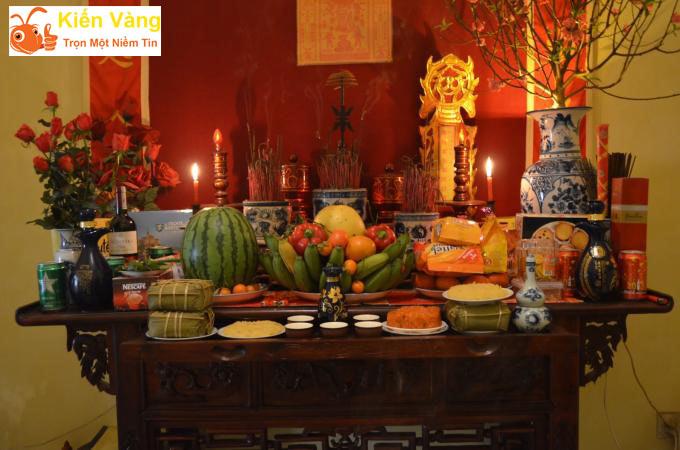 Bàn thờ trong văn hóa tín ngưỡng của người Việt